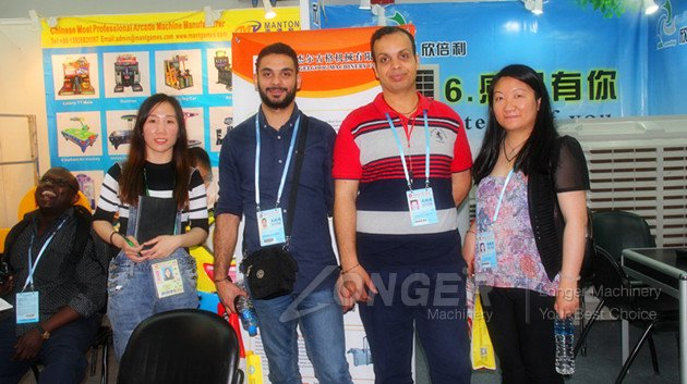Customers from Canada in Canton Fair
